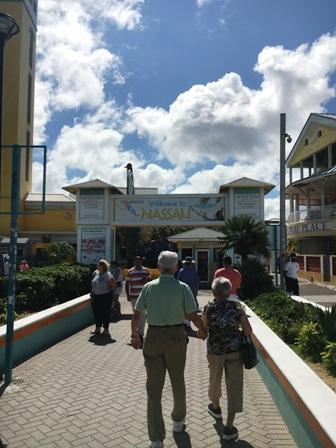 バハマの港