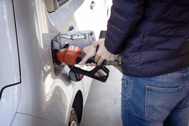 ハイオク指定車にレギュラーの給油はすぐに故障しないけどNG